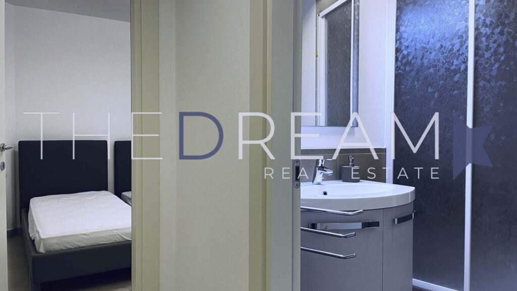 Beautiful modern villa for sale in Forte dei Marmi with swimming pool and garden. Property managed by The Dream RE, Real estate agency in Forte dei Marmi